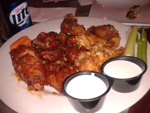 While The Ref's taste may compare with Boston's wings, their Wednesday night price of 65 cents a wing does not stack up next to Boston's 35 cents. Elaine and I can gnaw our way through about 20 of these. That's $7.
